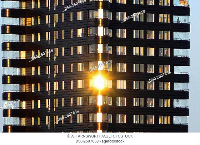 Kajen 4, 23 storey iconic building in the neighbourhood of Liljeholmskajen was voted Building of the Year 2015. Designed by Gert Wingårdh