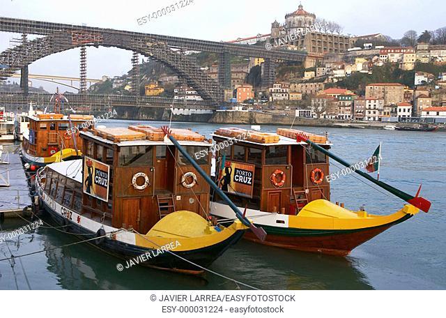 Dom Luis I Bridge over Douro river, Vila Nova de Gaia. Porto. Portugal