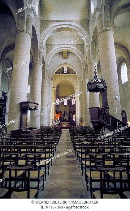Interior view of Tournus Abbey, Abbaye Saint-Philibert de Tournus, Tournus, Burgundy, France, Europe