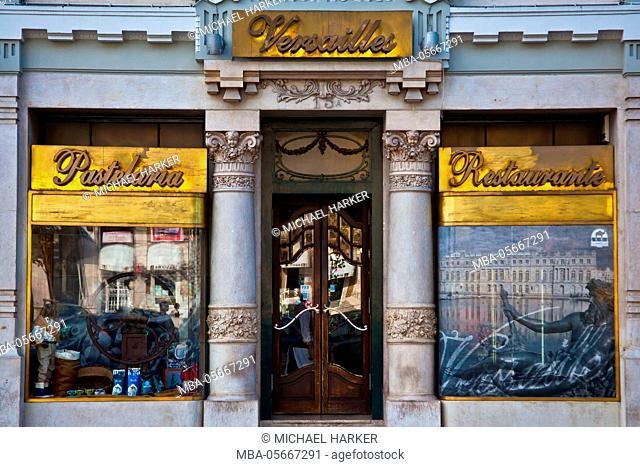 Europe, Portugal, Lisbon, Pastelaria Versailles, 'Cafe Versailles'