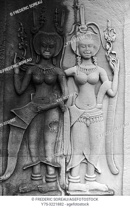 Bas relief of apsara at Angkor Wat temple complex,Angkor Archaelogical Park,Siem Reap Province,Cambodia,South east Asia