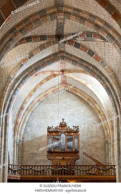 France, Ariege, Saint Lizier, labeled Les Plus Beaux Villages de France The Most Beautiful Villages of France, stop on the Route of Compostela
