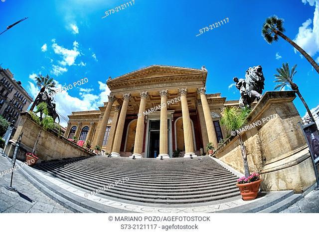 Palermo Opera House, Teatro Massimo, Piazza Giuseppe Verdi, Palermo, Sicily, Italy