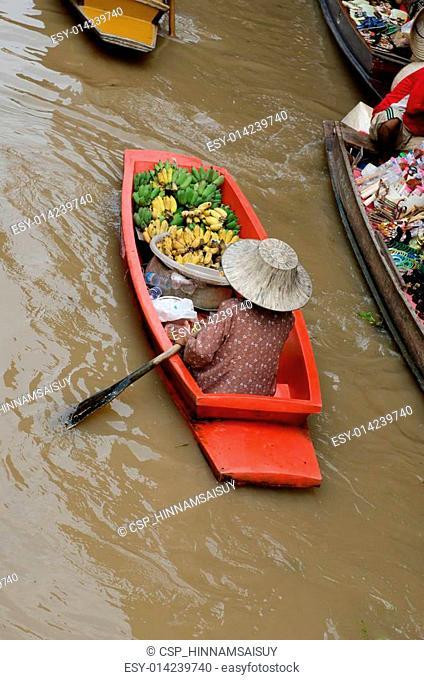 Damnernsaduak floating market Thailand