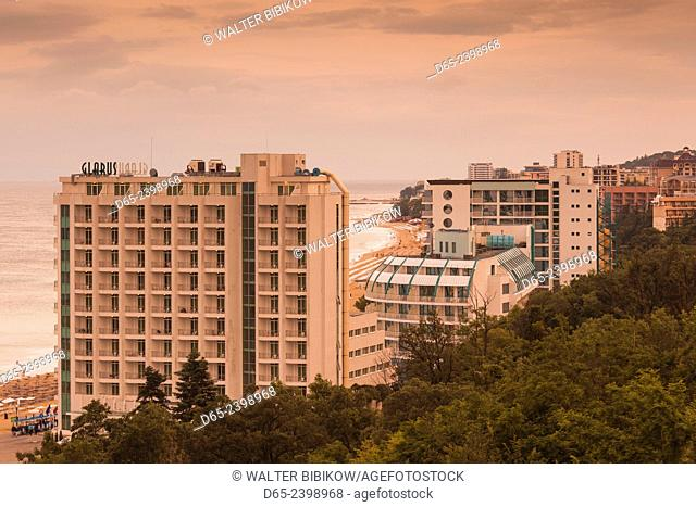 Bulgaria, Black Sea Coast, Golden Sands, Zlatni Pyasatsi, seaside resort hotels, elevated view, dusk