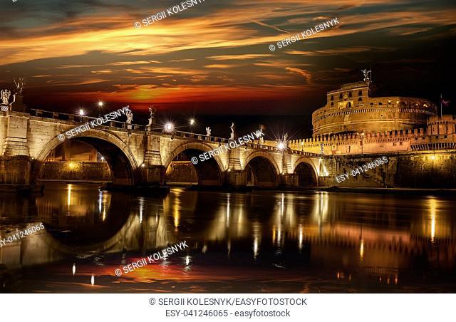Bridge to castle Sant Angelo in the night