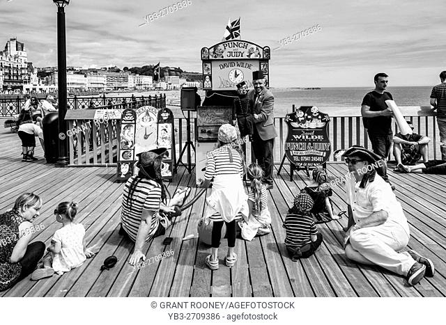 Children's Entertainer David Wilde Performing A Show On Hastings Pier, Hastings, Sussex, UK