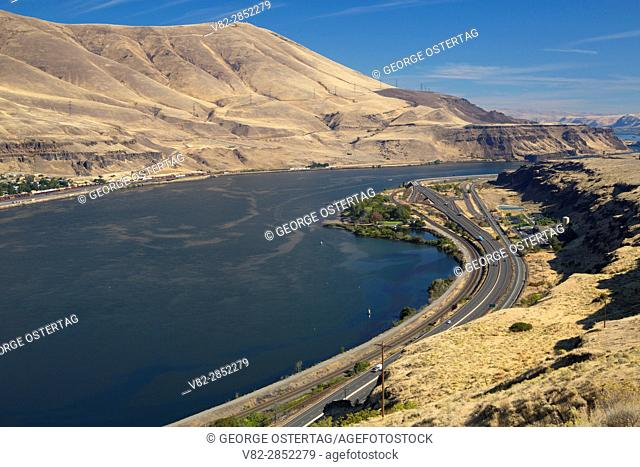 Columbia River Gorge with Interstate 84, Columbia River Gorge National Scenic Area, Oregon
