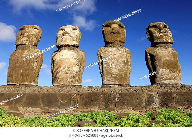 Chile, Easter Island Rapa Nui, site listed as World Heritage by UNESCO, Ahu Tongariki, alignment of the Moai statues