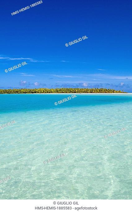 Cook Islands, Aitutaki Island, the main lagoon