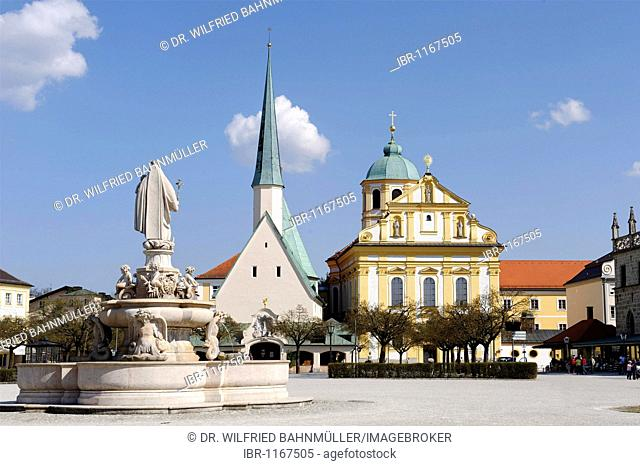 Marienbrunnen Saint Mary's well and Heilige Kapelle Holy chapel with the Jesuit church Saint Magdalena, Kapellplatz chapel square, Altoetting, Upper Bavaria