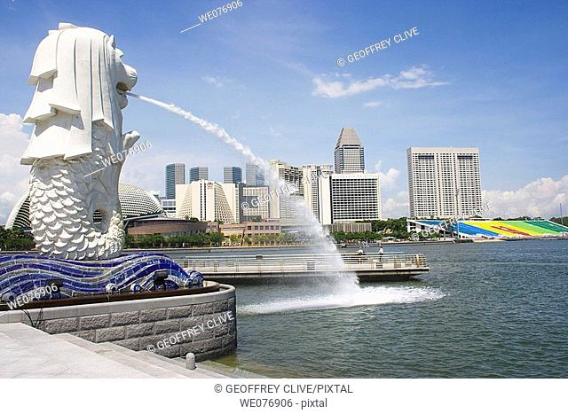 Merlion statue and river skyline, Singapore