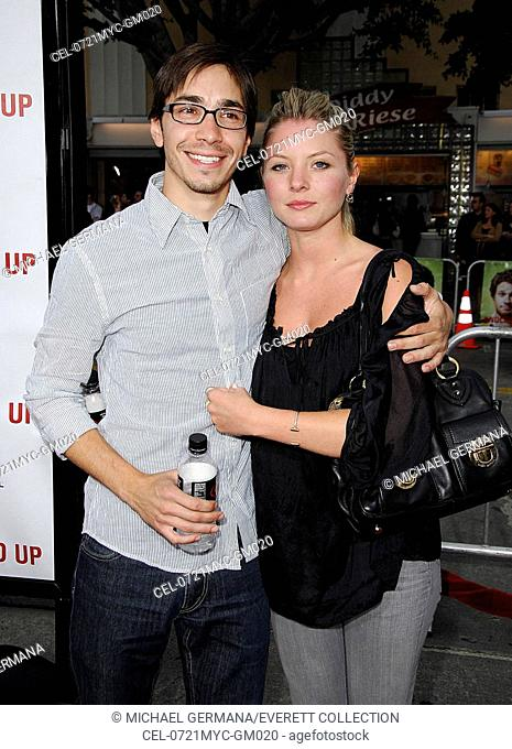 Justin Long, Kaitlin Doubleday at arrivals for KNOCKED UP Premiere by Universal Pictures, Mann's Village Theatre in Westwood, Los Angeles, CA, May 21, 2007