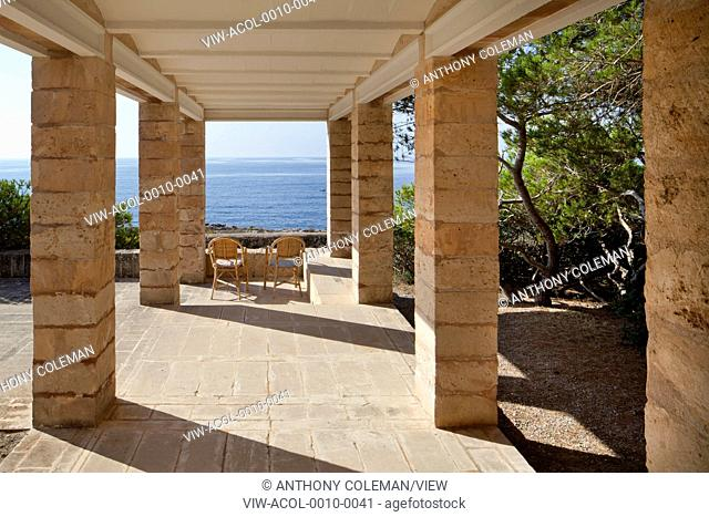 Can Lis, Mallorca, Spain. Architect: Utzon, Jorn, 1971. Main terrace with view to sea