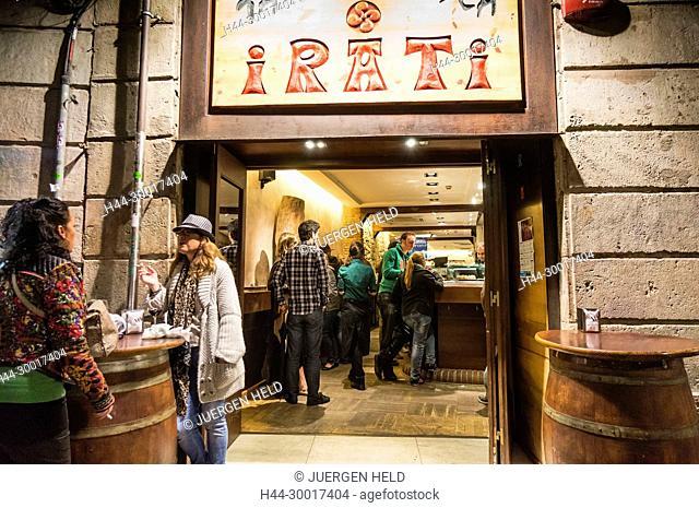 Spain, Catalonia, Catalunya, Barcelona, Barrio Gotic, Irati Tapas Bar