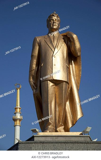 Statue of Saparmurat Niyazov (Turkmenbashi), Monument of Independence, Independence Park; Ashgabad, Turkmenistan