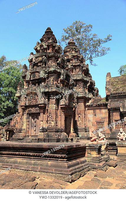 Banteay Srei is a Hindu temple dedicated to Shiva. It is one of the smallest sites at Angkor in Cambodia. November 2010.  V10CAM0270RM