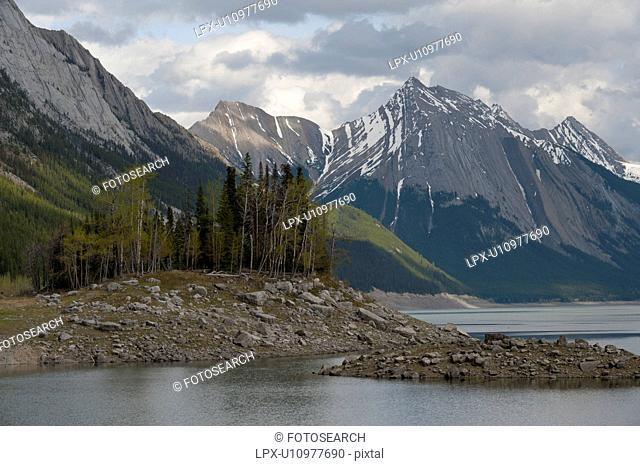 Medicine Lake with mountain in background, Jasper National Park, Alberta, Canada