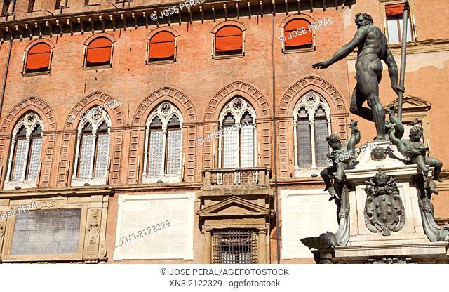Fountain of Neptune, Fontana di Nettuno Piazza Nettuno, next to Piazza Maggiore, Palazzo d'Accursio or Palazzo Comunale, Bologna, Emilia-Romagna, Italy, Europe