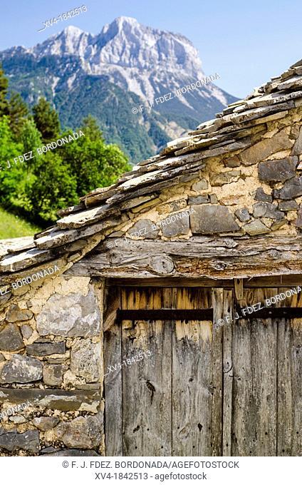 Village of Tella, Escuain Valley, Huesca, Pyrenees, Spain