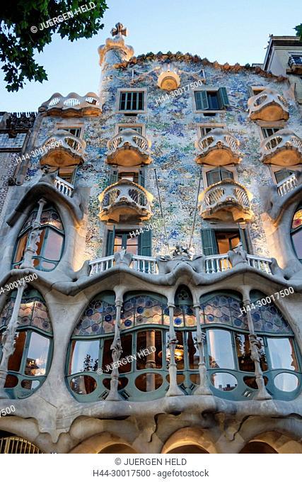 Spain, Barcelona, Catalonia, Eixample district, Passeig de Gracia, Casa Batllo by Antoni Gaudi