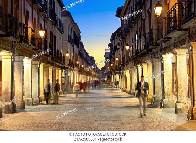 Calle Mayor (Main street). Alcala de Henares, Community of Madrid, Spain
