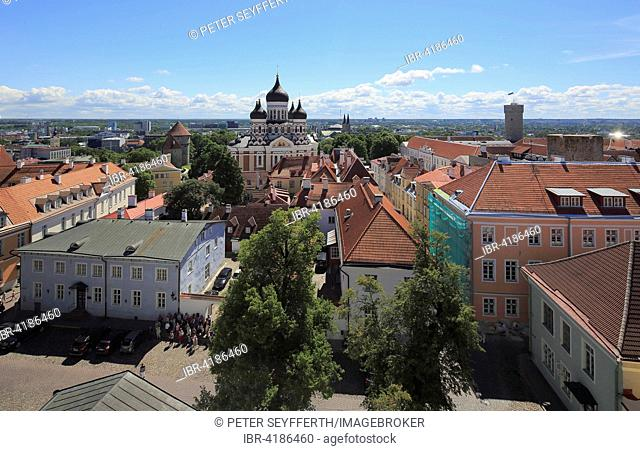 Upper Town with Alexander Nevsky Cathedral, Aleksander Nevski Katedraal, seen from the tower of the Toomkirik cathedral, Tallinn, Estonia