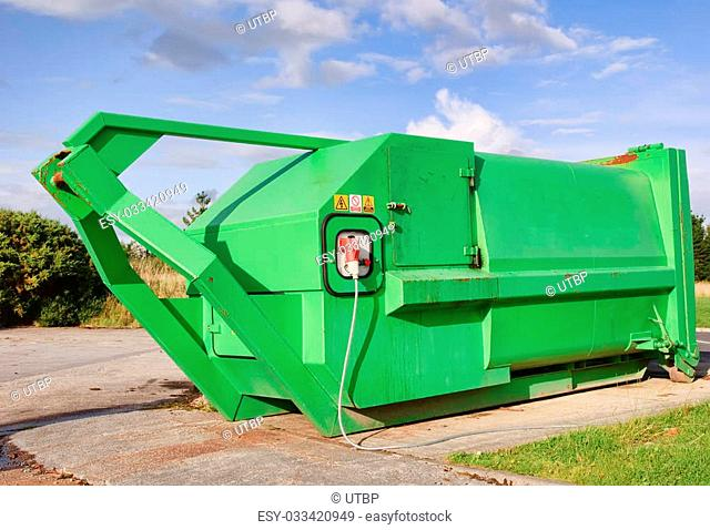 green recycle skip waste with electric compressor