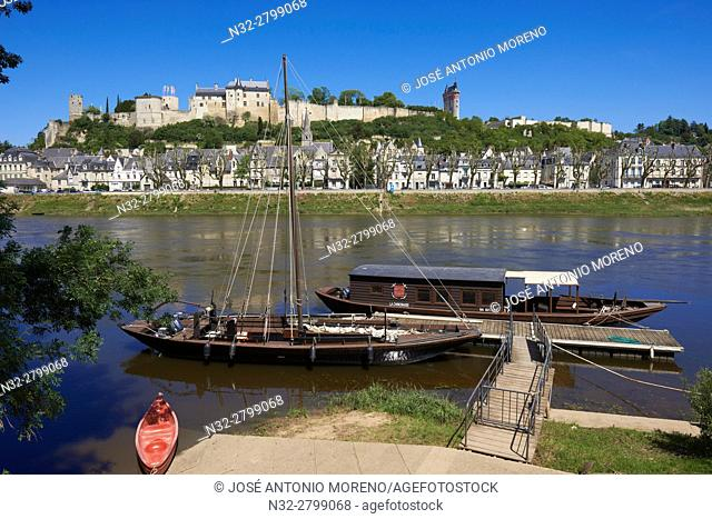Chinon, Castle, Château de Chinon, Chinon Castle, River Vienne, Indre-et-Loire, Pays de la Loire, Loire Valley, UNESCO World Heritage Site, France