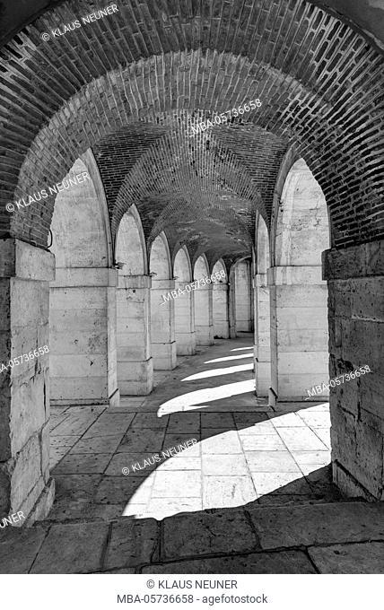 Arcades at the church of San Antonio, king's palace, Aranjuez, Spain, Europe, b/w