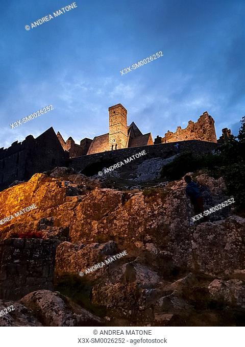 St. Patrickâ. . s Rock. The Rock of Cashel at night, Cashel, Ireland, Europe