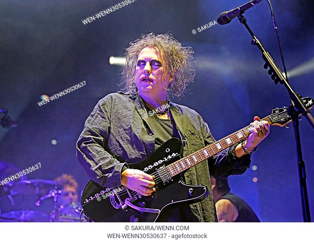The Cure performing at Manchester Arena Featuring: The Cure, Robert Smith Where: Manchester, United Kingdom When: 29 Nov 2016 Credit: Sakura/WENN.com