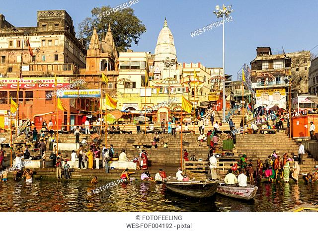 India, Uttar Pradesh, Banaras, People at River Ganges