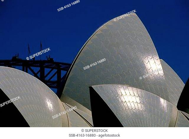 AUSTRALIA, SYDNEY, VIEW OF OPERA HOUSE AND SYDNEY HARBOUR BRIDGE, DETAIL