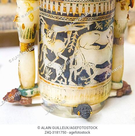 Egypt, Cairo, Egyptian Museum, Tutankhamon alabaster, from his tomb in Luxor : Detail of a cylindrical jar, hunting scenes