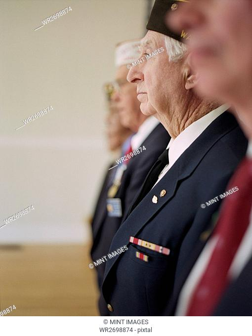 Group portrait of elderly United States war veterans