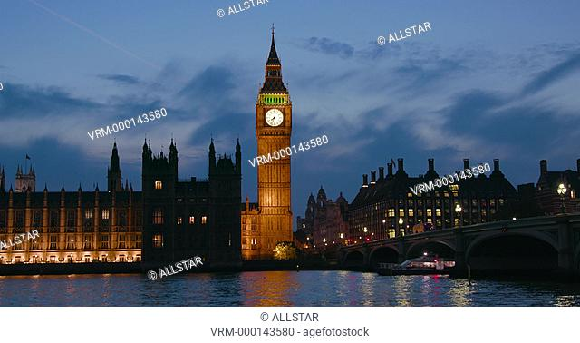 HOUSES OF PARLIAMENT & BIG BEN; LONDON, ENGLAND; 21/09/2016