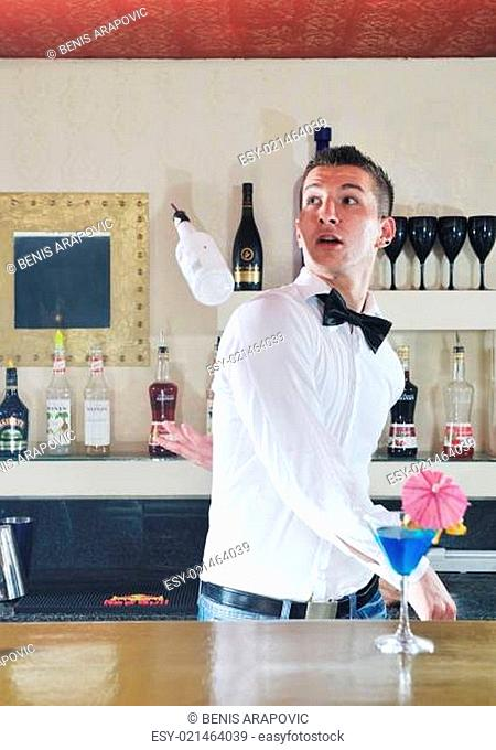 pro barman prepare coctail drink on party