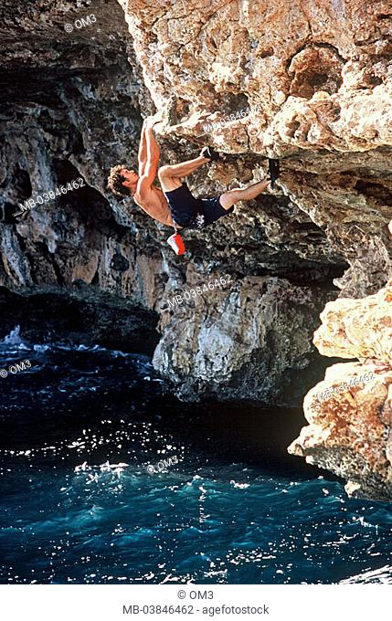 Levente Pinter, pro-climbers, personality-rights, Spain, heed island Majorca climbers rock-coast, at the side, sea, series, Balearen, Mediterranean, surf, waves
