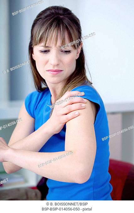 Shoulder pain in a woman