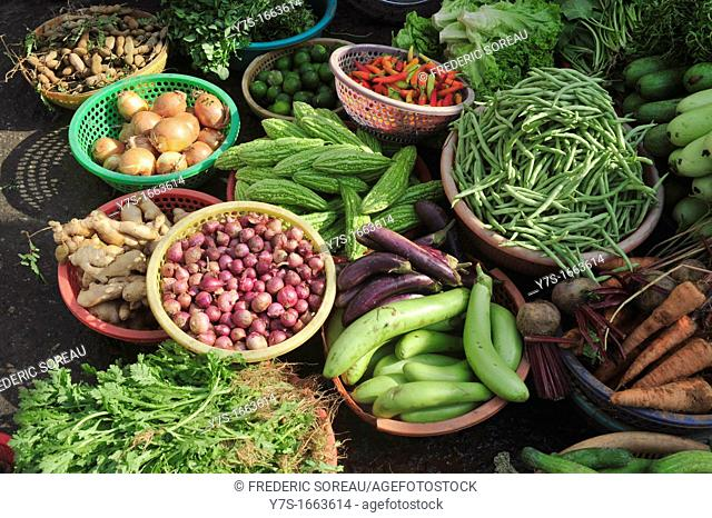 Asia,South East Asia,Vietnam,view of fresh vegetables on sale at Can Tho market,South Vietnam
