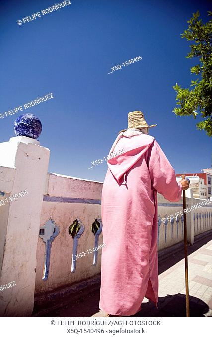 Old peasant woman, Chefchaouen, Morocco
