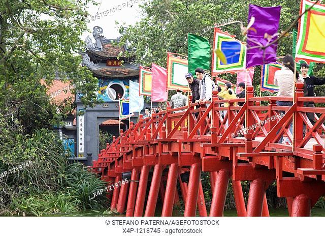 The-Huc-Bridge on Hoan-Kiem-Lake, Hanoi, Vietnam