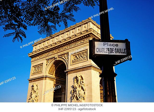 France, Paris, Arc de Triomphe