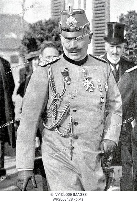The photo shows Kaiser Wilhelm (William) II of Germany, who was the grsndson of Queen Victoria of England, during World War I