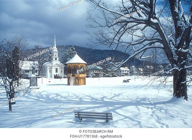 Vermont, VT, village, bandstand, gazebo, Green, snow, winter, South Royalton