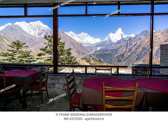 View of Mt. Everest from the Everest View Hotel, located high above Namche Bazar at an altitude of 3900m, Namche Bazar, Solo Khumbu, Nepal