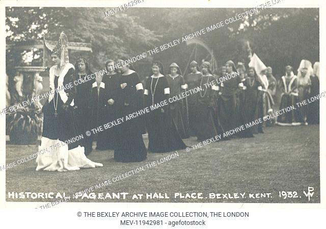 Dartford Division of Kent Historical Pageant which was held at Hall Place, Bexley in July 1932. Group of ladies dressed in medieval costume