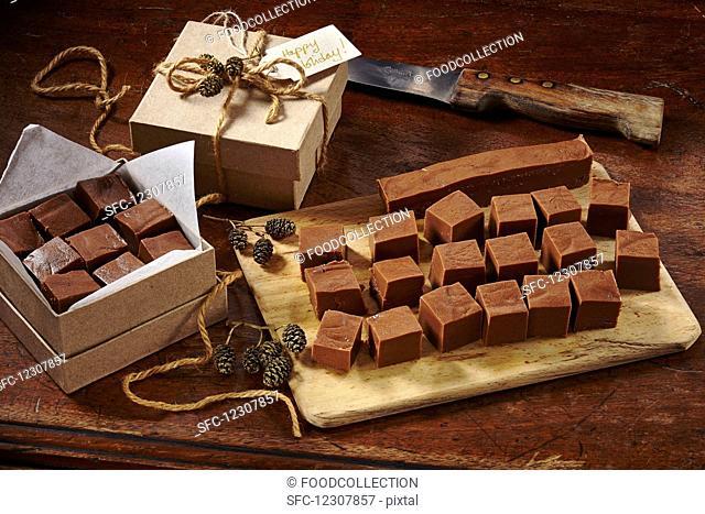 Chocolate-cream-fudge