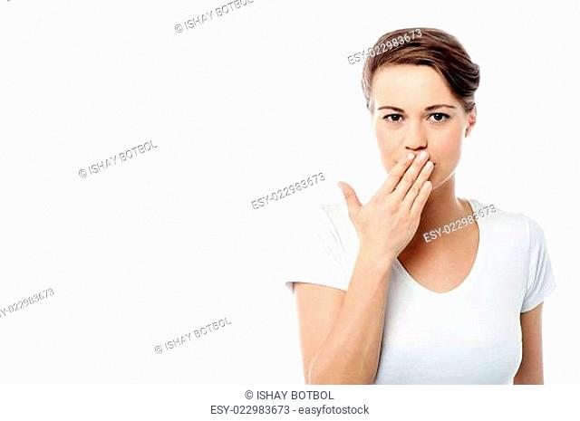 Shut your mouth ! speak no evil concept